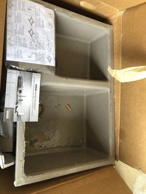Kohler kitchen sink 320 $$ for Sale in Las Vegas, NV