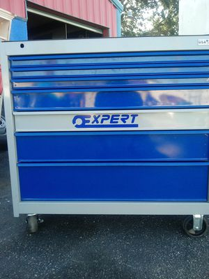 Expert tool box made by mac tools like new tools not inc for Sale in Orlando, FL