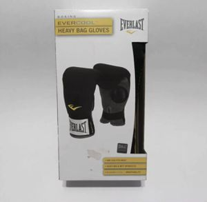 I HAVE 3 PAIRS LEFT EVERLAST BOXING EVERCOOL HEAVY BAG & MITT WORKOUT GLOVES Model: 4303T $10ea for Sale in Fresno, CA