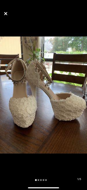 White prom/wedding heels for Sale in Baton Rouge, LA