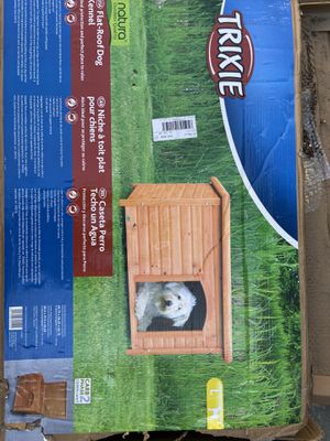 Dog house Trixie for Sale in Carson, CA