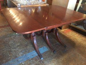 Antique vintage mahogany dining table for Sale in San Diego, CA