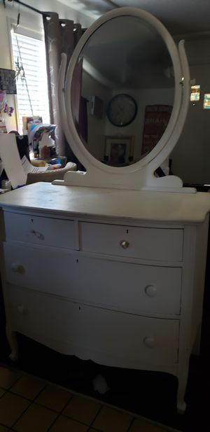 Dresser for Sale in Pomona, CA