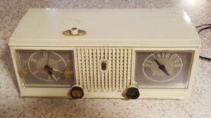 Antique Zenith Vintage Radio Clock Works for Sale in Smyrna, TN