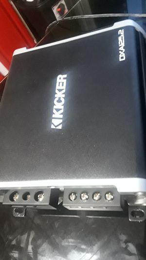 Car amplifier kicker 250 watt for Sale in Boston, MA