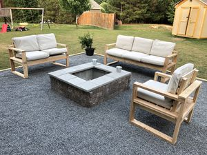 Patio Furniture (Solid Wood) for Sale in Smyrna, GA