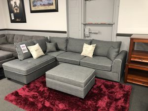 3PC Sofa Sectional very comfy 🔥🔥🔥 for Sale in Fresno, CA