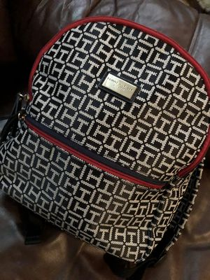 Tommy Hilfiger backpack for Sale in Compton, CA