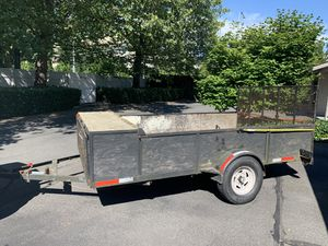 12 x 8 flatbed utility trailer for Sale in Bellevue, WA