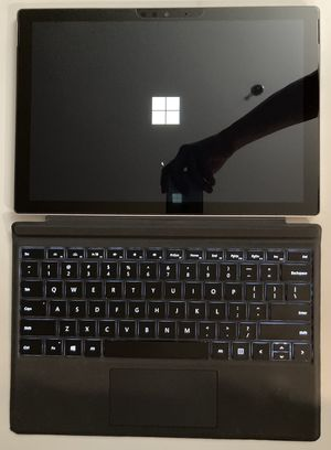Surface pro 5 with docking station for Sale in Bellevue, WA