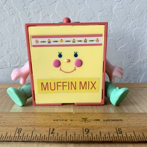 Vintage 1988 Mattel Cherry Merry Snack'n Serve Muffin Mix Doll Table for Sale in Elizabethtown, PA
