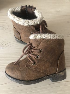 Baby girl boots 5 for Sale in Turlock, CA