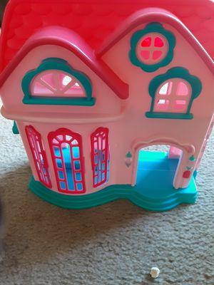 Free doll house (missing front door) has door bell for Sale in Denver, CO
