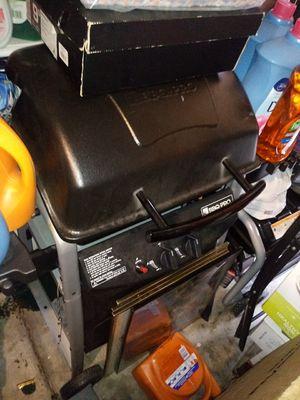 BBQ GRILL for Sale in San Pedro, CA