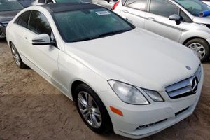 Parting out 2010 Mercedes Benz E350 coupe panoramic E class E550 E55 for Sale in Lake Worth, FL