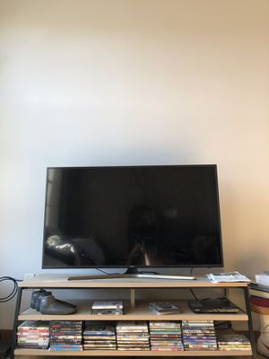 55' Samsung 4K smart tv (2018) for Sale in Appleton, WI