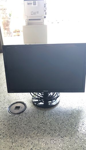 Computer monitor for Sale in Menifee, CA
