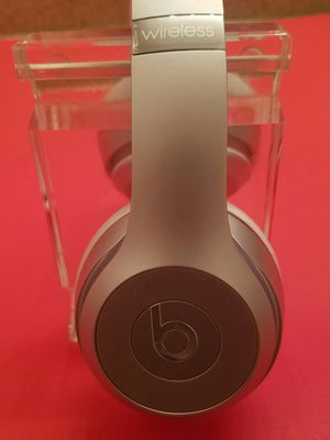 Wireless Beats Solo 3 -Headset for Sale in Lake Forest, CA