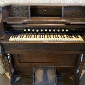 Vintage Working Organ for Sale in Hartford, CT