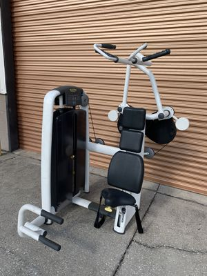 Technogym Vertical Traction / Lat Pull Down Machine for Sale in Davenport, FL