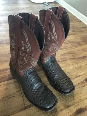 Men's boot size 10 for Sale in Dallas, TX