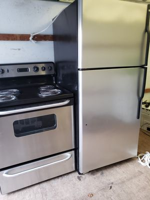 Stainless steel kitchen appliances for Sale in Hillcrest Heights, MD