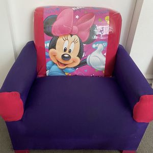 Minnie Chair for Sale in Huntington Park, CA