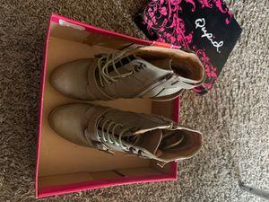 Tan heel boot sz 6.5 for Sale in Austell, GA