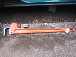 36inch industrial pipe wrench for Sale in Vancouver, WA