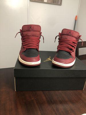 Air Jordan 1 mid team red size 8.5 US men's 8.5/10 condition for Sale in Tampa, FL