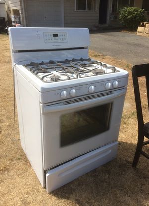 Free Gas stove for Sale in Marysville, WA