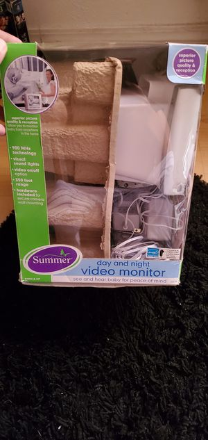 Summer video monitor for Sale in Moline, KS