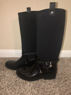 Michael Kors rain boots, black, SIZE 8 worn maybe 3 times for Sale in Plano, TX