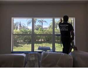 Window tinting window tints commercial tints offices tints clinics much more for Sale in Miami, FL