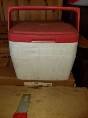 Coleman lunch cooler for Sale in Cleveland, OH