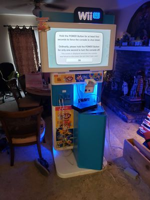 Nintendo Wii U Kiosk for Sale in Madera, CA