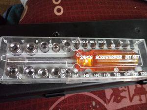 28PCS Screwdriver Bit Set. New in box for Sale in Kentwood, MI