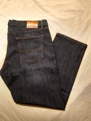 """LUCKY BRAND STRETCHY JEANS FOR MEN SIZE,40X30. """"PICK UP ONLY"""" for Sale in Tustin, CA"""