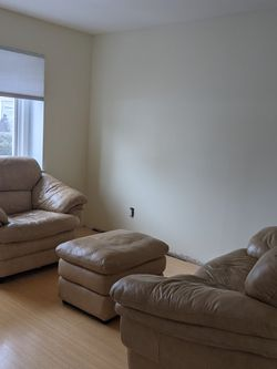 Tan Leather Couch Set With Loveseat And Ottoman for Sale in Elmwood Park,  NJ