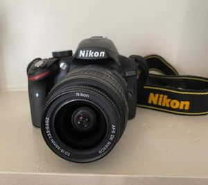 Nikon D3200 for Sale in Lakeville, MN