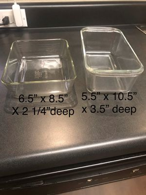 Set of 2 vintage glass Pyrex dishes for Sale in Gilbert, AZ