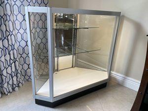 Glass Display Case for Sale in Miramar, FL