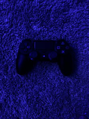 PS4 new condition Jet black Controller for Sale in Lake Stevens, WA