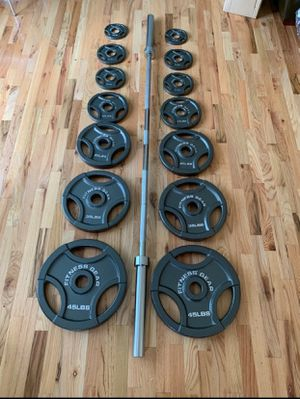 300lbs Olympic Weight Set for Sale in Hanover, MD