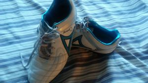 Pirma indorr socxer shoes sz9 for Sale in Corona, CA