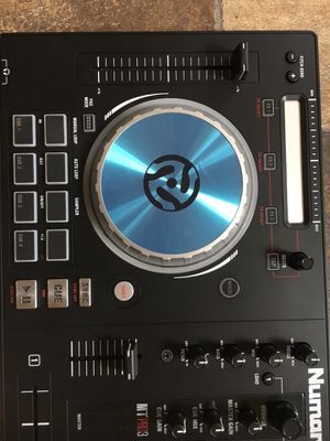 Dj mixer NuMark mix track pro 3 for Sale in Oak Lawn, IL