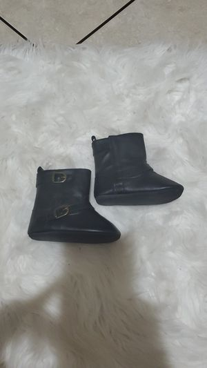 Black baby girl boots 12-18 months for Sale in Las Vegas, NV
