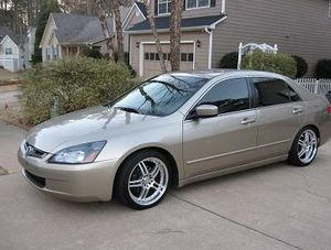 PRICE$6OO Honda Accord 2005 for Sale in Frederick, MD