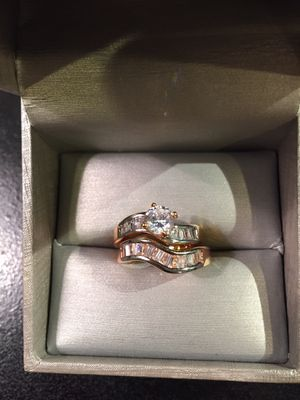 18K Gold plated 💍Ring Set 🤩😍💎 Cubic Zirconia- Mono Raw for Sale in Dallas, TX