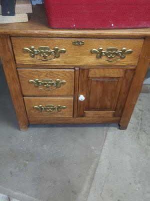 Small chest for Sale in Joliet, IL